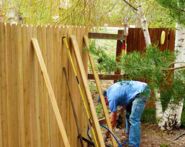 local fence repair service in San Diego